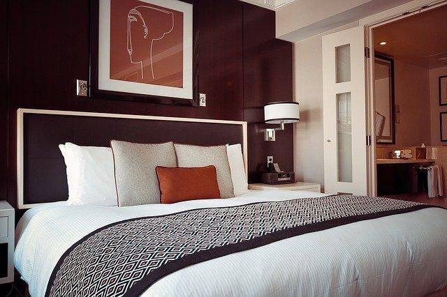 uk hotel investment market